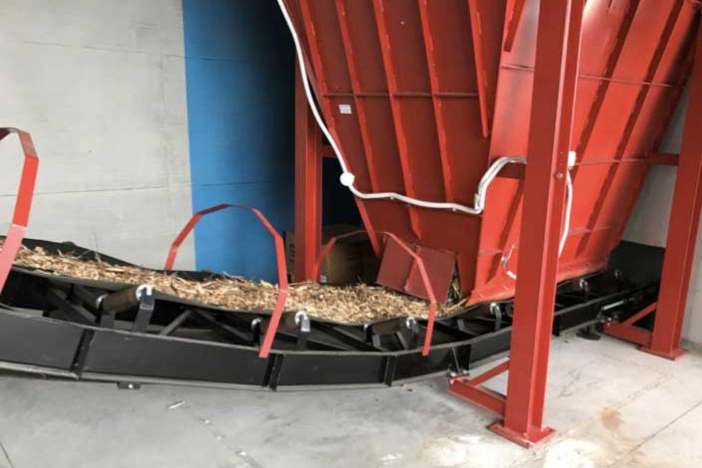 Impianto a biomassa legnosa 200KW: alimentazione