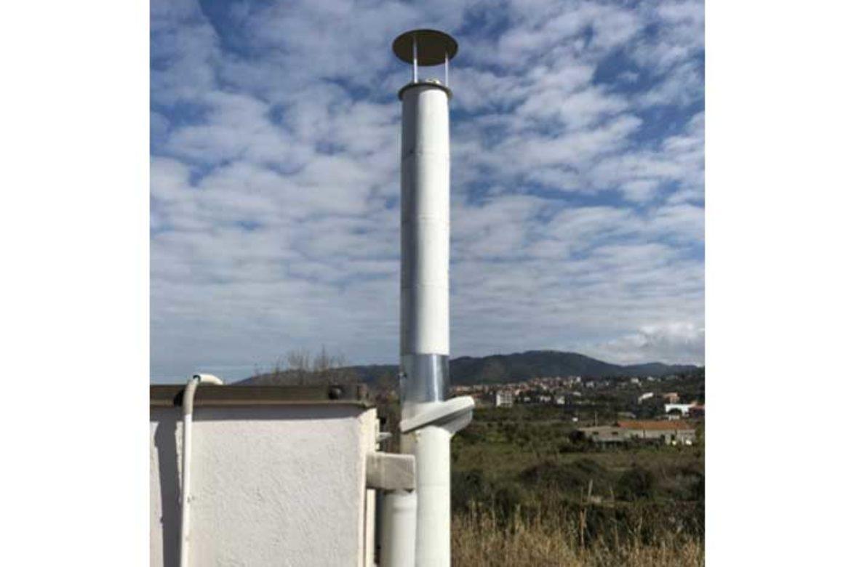 Impianto a biomassa legnosa 200KW: camino con sonde
